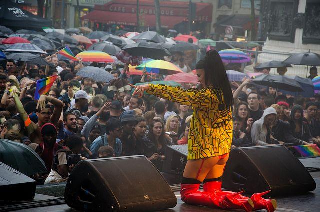 Tara McDonald live on stage Paris Pride 2014