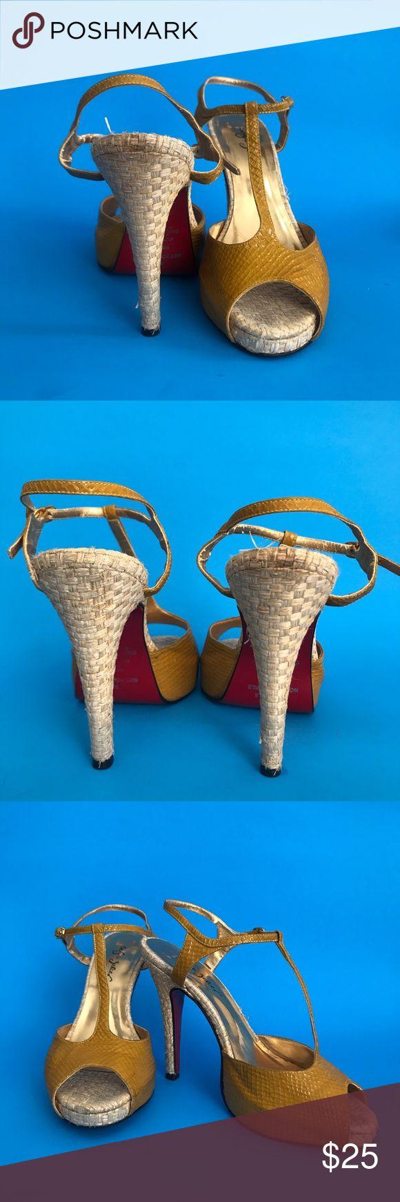 Sergio Zelcer Vintage T Strap Heel Red Soles Sergio Zelcer vintage yellow croc heels with red soles. #tstrap #yellowheels #vintageheels #redsoles #redbottoms #loubutins Sergio Zelcer Shoes Heels
