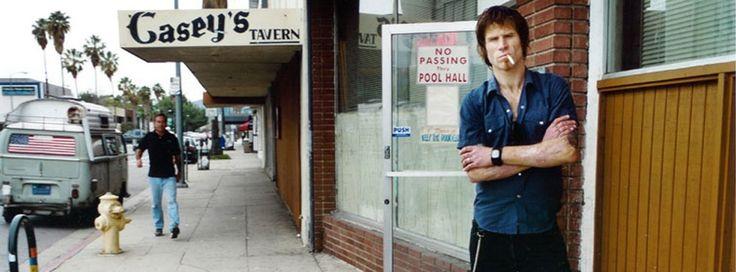 och har förvaltat det ryktet väl med sitt egna solomaterial. Med tio soloalbum på sitt CV och en mängd andra projekt – bland annat ett flertal samarbetsalbum med Isobel Campbell, The Gutter Twins-projektet tillsammans med Afghan Whigs-frontmannen Greg Dulli och inhopp i Queens of the Stone...