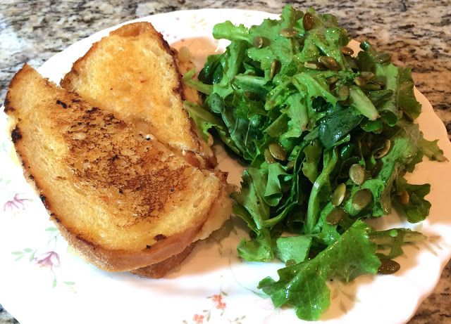 Plated 17th Delivery Review, Cheddar Apple Grilled Cheese with Baby Kale Salad