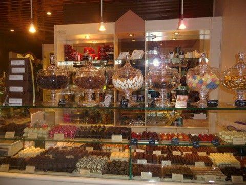 Daskalidès shops France! #daskalidès #belgian #chocolate # ...