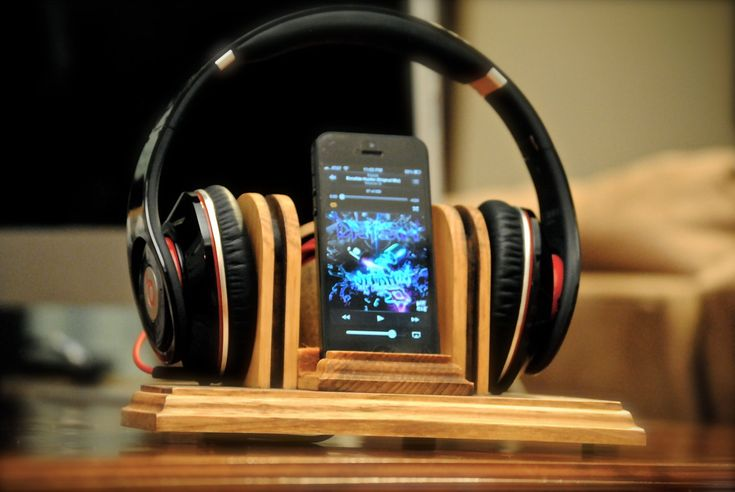 "The ""Sound Stand"" docking station, wooden combo stand for headphones and iPod, iPhone, Samsung, HTC, Motorola. $65.00, via Etsy."