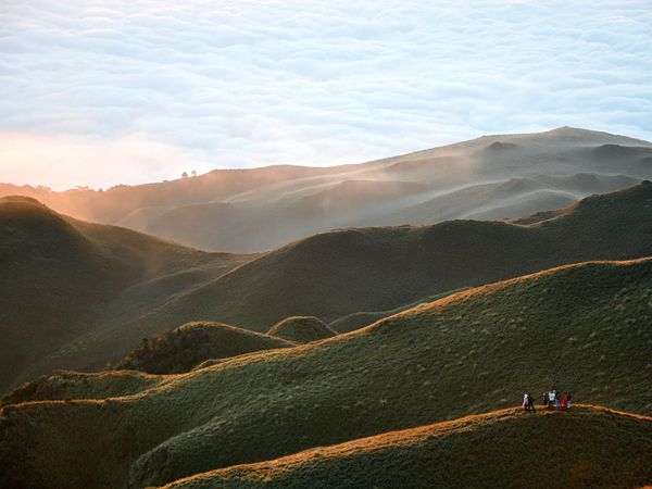 Mount Pulag, Philippines via National Geographic: Adventure, Favorite Places, Beautiful Mountains, Travel Photos, Dream, National Geographic, Mount Pulag Philippines, Sunrise, Awesome Places