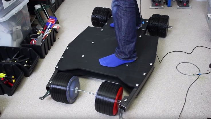 Mad inventor, James Bruton, designs and prints a Batman Bat Tumbler skateboard.