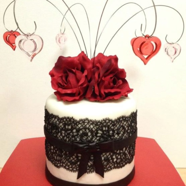 Best Valentine Cake Images : 17 Best images about Love Amour! on Pinterest Hello ...