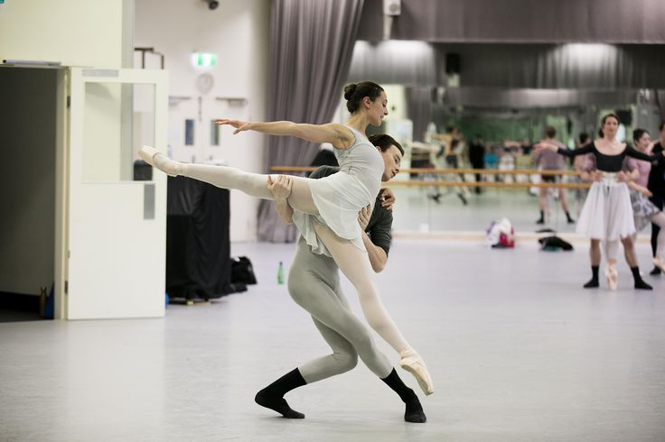 Dimity Azoury and Jarryd Madden rehearsing Christopher Wheeldon's Alice's Adventures in Wonderland©. Photography Lynette Wills