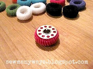 Keep stored bobbins from unwinding - Sew Many Ways...: Thread Organizing