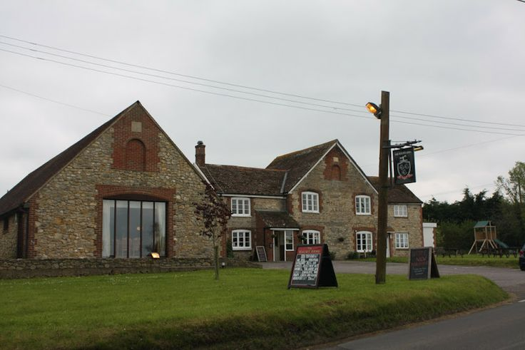 The Halsey Arms, a friendly local pub serving good food (and an excellent Sunday carvery!)