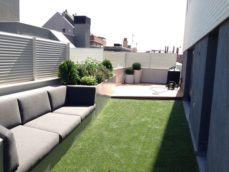 Terraza moderno paisajismo via planreforma muebles de for Muebles de terraza modernos