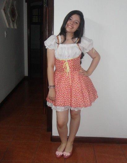 vestido curto de quadrilha