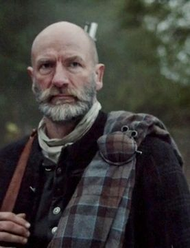 "Graham McTavish in Outlander on Starz | Episode 104 ""The Gathering"" via http://www.springfieldspringfield.co.uk/view-screencaps.php?tv-show=outlander-2014&episode=s01e04"