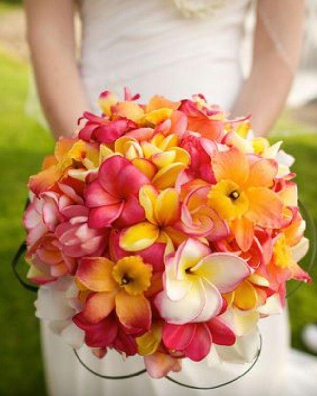 Beautiful bouquet for Hawaiian wedding