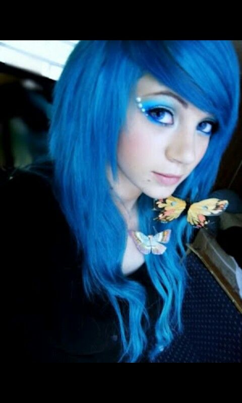 Amber Mccrackin Emo Girl Blue Hair Blue Eyes Emos