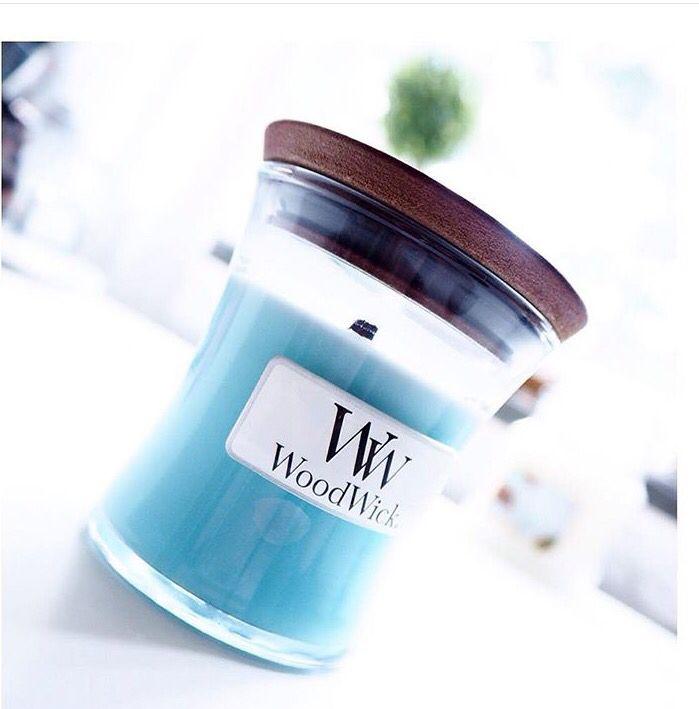 Woodwick candle paradise blue
