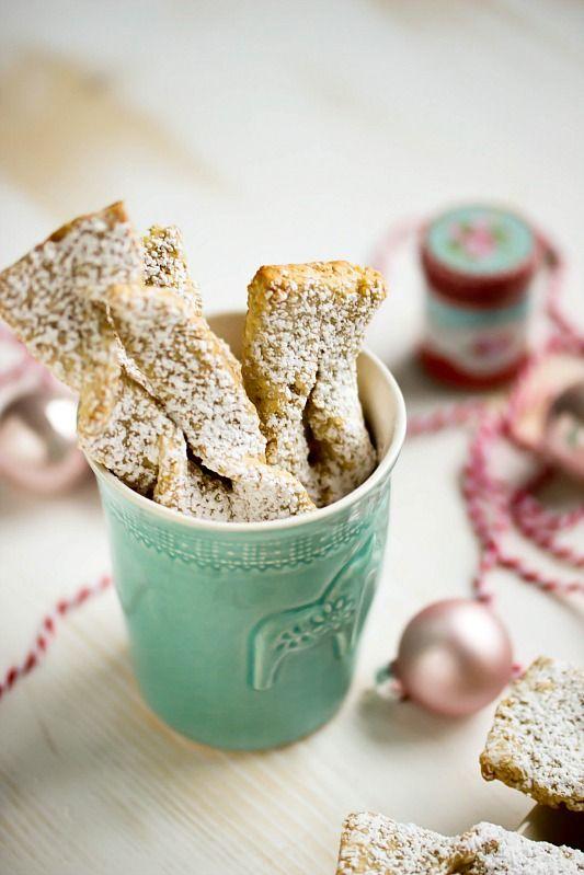 schnelle,einfache Weihnachtskekse mit Kardamom und Kölln Flocken.