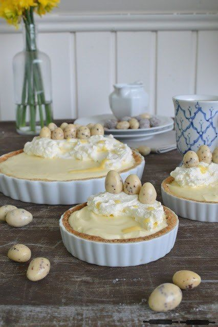 leckere Tarte mit Eierlikörcreme - perfekt für den Osterbrunch oder den Kaffeetisch am Ostersonntag (Best Sweet Recipes)