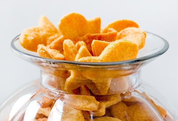Homemade Goldfish Crackers | Leite's Culinaria