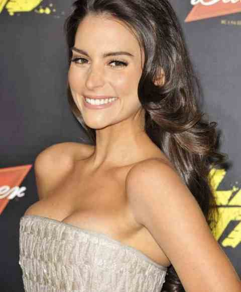 Genesis Rodriguez Age, Bra Size, Height, Weight, Measurements