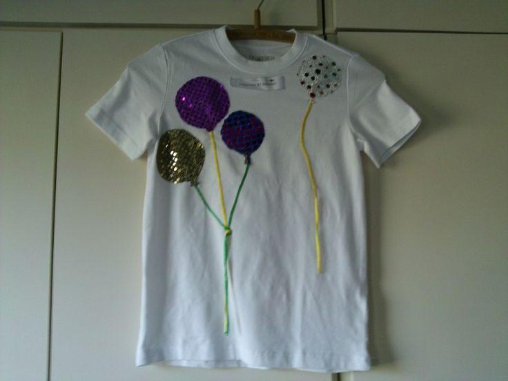 Wit T-shirts gepimpt met glitter ballonnen