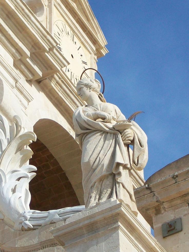 Duomo, Facciata, particolare, by Giovanni Reali.
