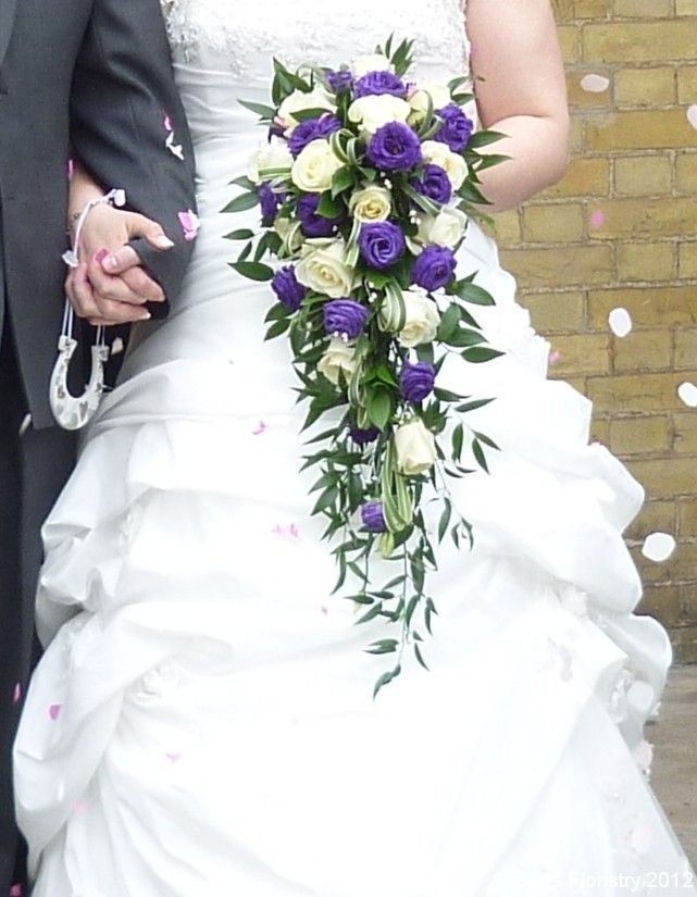 Google Image Result for http://www.budsfloristry.co.uk/wp-content/uploads/2012/06/Rose-and-purple-lisianthus-shower-bouquet2.jpg