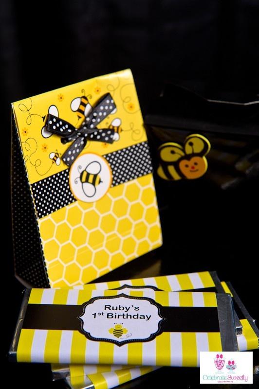 Buzzy bumblebee printable chocolate wrapper design.