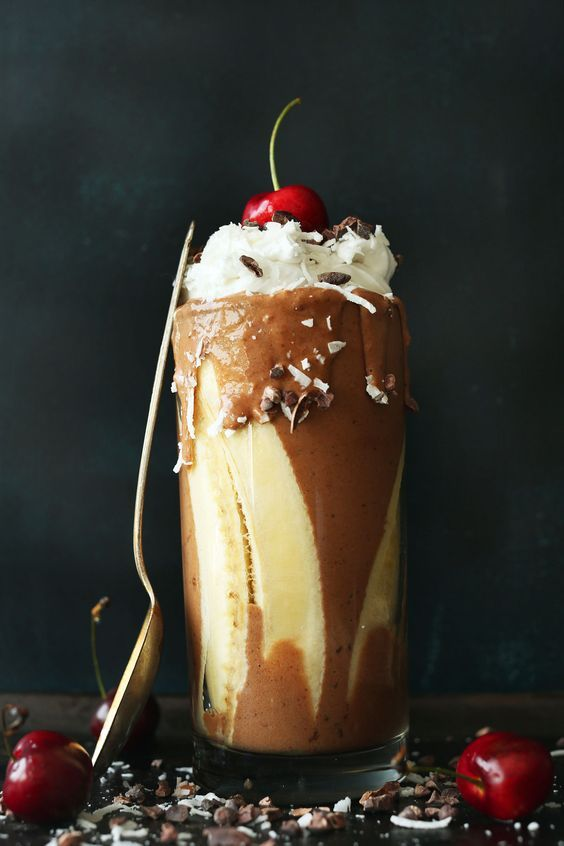 Banana Split Smoothie   Minimalist Baker Recipes