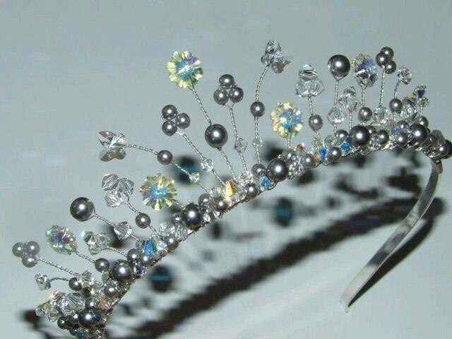 410 best Crafts:Tiaras,Crowns images on Pinterest | Crowns ...