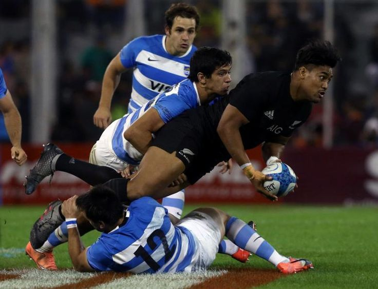 Winger Savea to start for All Blacks against Australia