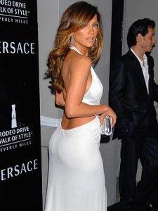 Jennifer Lopez backside 225x300 Jennifer Lopez Workout & Diet: How She Got Her Famous Backside