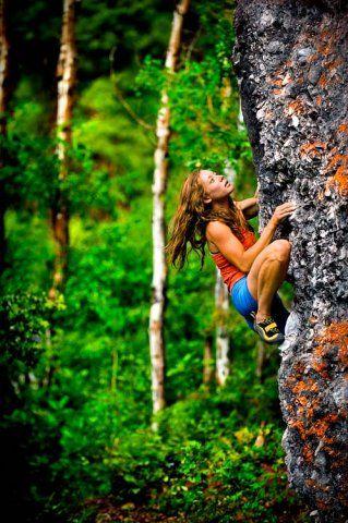 Lauren Lee bouldering on The Big Guy (V3) at the Redstone, Colorado, boulders.