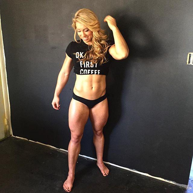 Crossfit girls abs
