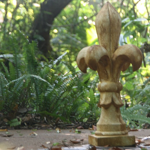 Fleur De Lis Garden Decor - Arbor and Vine   Arbor and Vine®