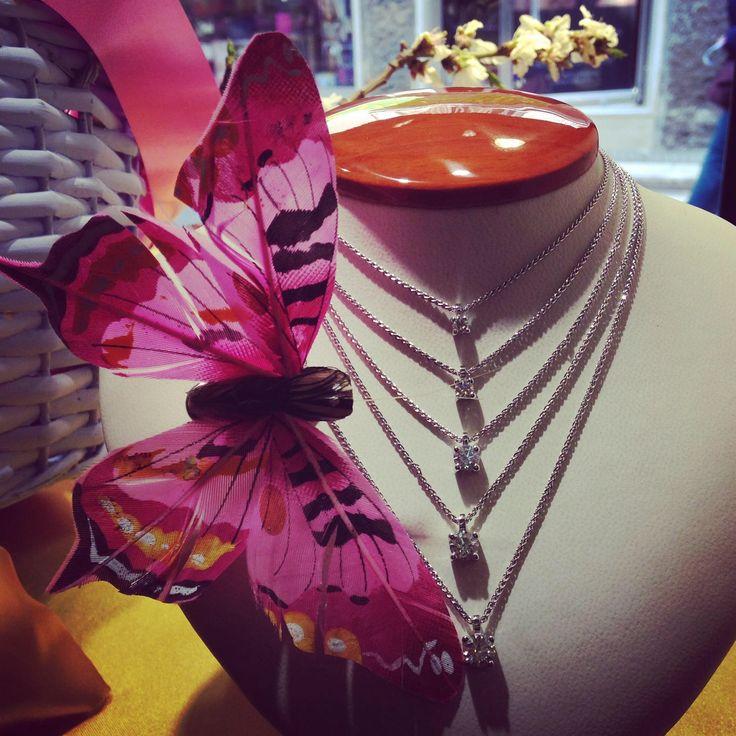 #necklaces #puntiluce #Crivelligioielli #diamonds #jewels #jewelry #TEKAGIOIELLI #followme