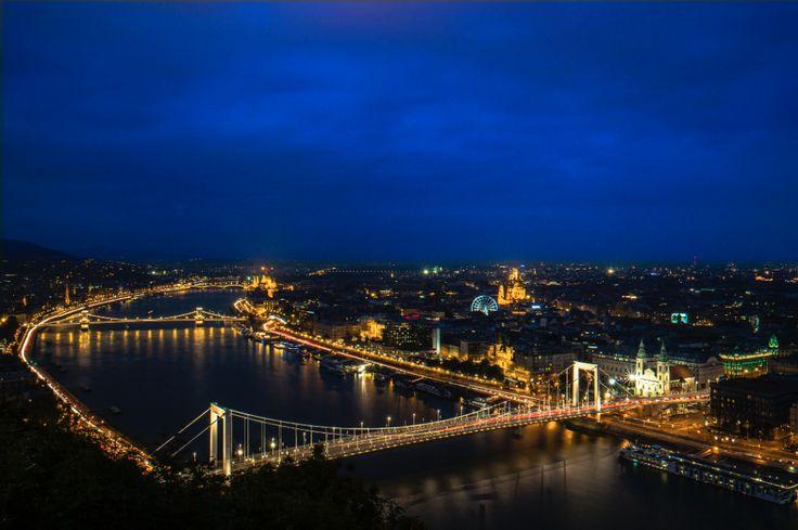 Velvet Blue Sky :: Budapest :: photo by Riccsi (Richárd Sárközi)
