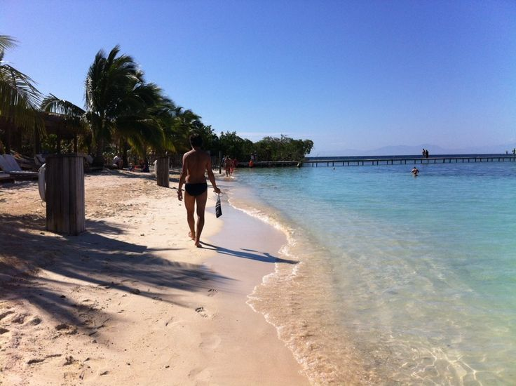 Roatan, Honduras.Toes Sun Kisses, Outdoor Scenery, Buckets Lists, Kisses Nose, Have A Nice Trip, Lists Travel, Beautiful Beach, Sandy Toes Sun, Beautiful Outdoor