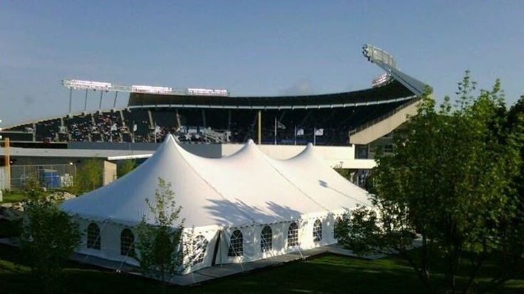 KANSAS CITY TRAVELERS!!! We just secured our tailgate location for the Chiefs game, wedged nicely between Arrowhead and the Royals stadium!! This is OUR TENT!! Our official caterer will be HUGE GREEN LEGION ANNOUNCEMENT!! We just secured our tailgate location for the Chiefs game, wedged nicely between Arrowhead and the Royals stadium!! Our official caterer will be JACK STACK STACK BBQ!!! #GreenLegion #GreenLegiontravel #greenlegiontailgate #Eagles #Eaglesfans #EaglesNation #EaglesRoadtrip…