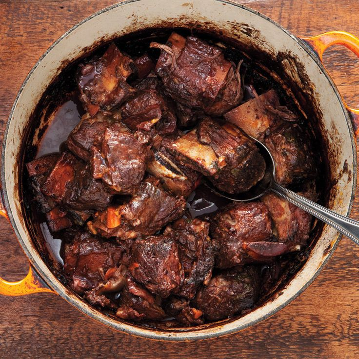 Red Wine-Braised Shortribs #fall #winter #comfortfood