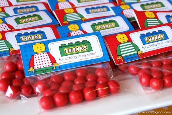 Candies   - http://www.pinnedrecipes.comTheme Birthday Parties, Treats Bags, Birthday Parties Theme, Parties Favours, 5Th Birthday, Lego Parties, Parties Favors, Lego Birthday, Parties Ideas