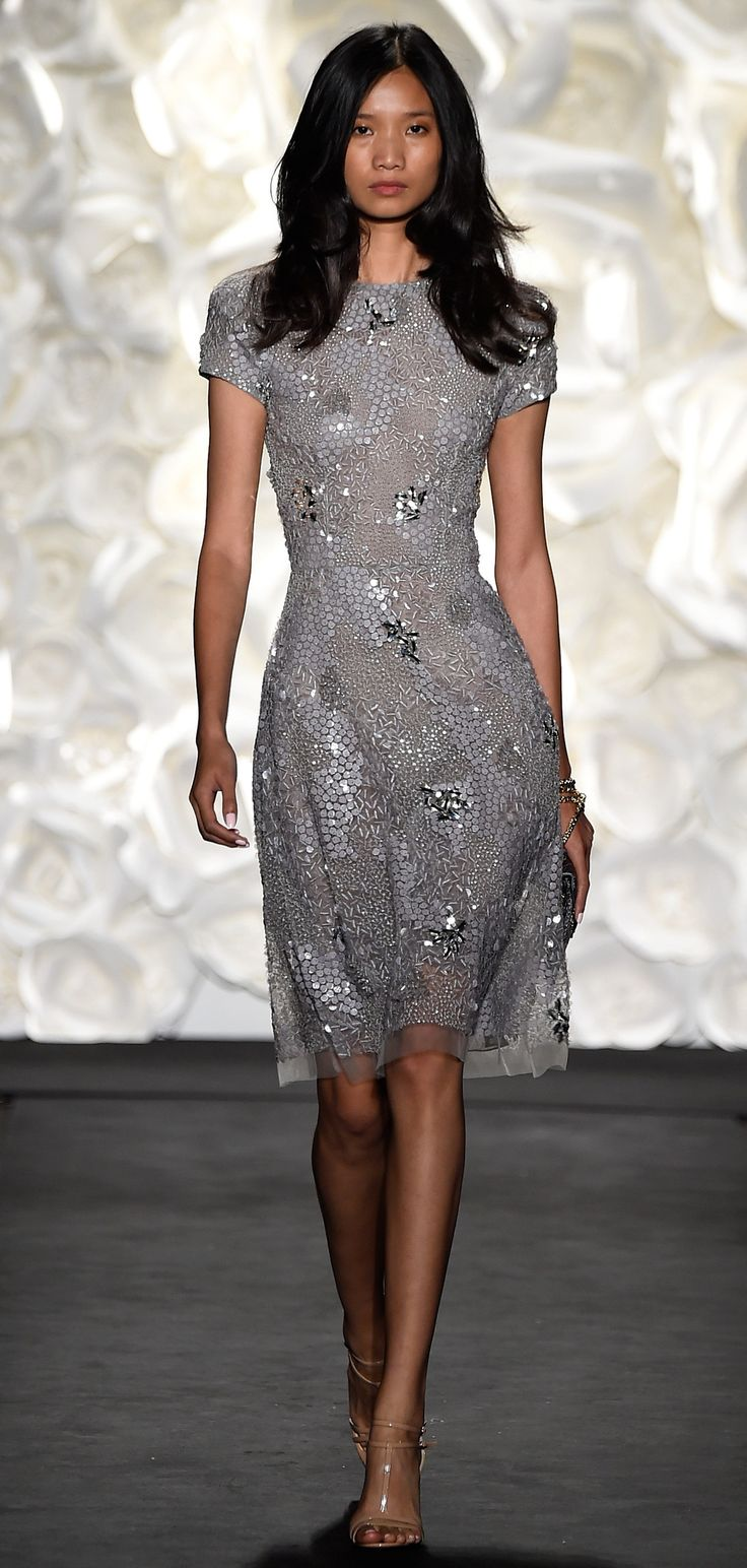 Naeem Khan Spring/Summer 2015 via @stylelist | http://aol.it/1Bt0HDR