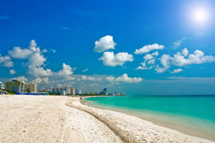 Welcome to Miami! This sunny state is really something special. Just 90 miles across the Atlantic Ocean from Cuba is a flashy beach- South East beach. This is where all the fine restaurants, bars, clubs and hotels are.