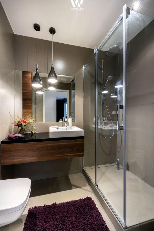 Auch dieses kleine Badezimmer lädt dazu ein sich darin zu pflegen und zu entspannen - Wohnidee by WOONIO