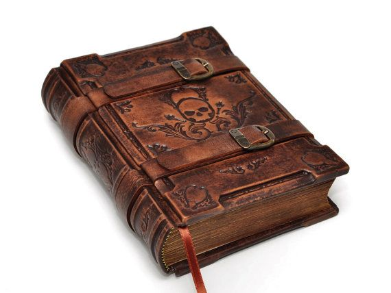 https://www.etsy.com/treasury/Njk4OTA1NnwyNzI1MDAyMDY0/a-touch-of-southwest?page=2#comments Solomon's book handmade brown leather journal Medieval by dragosh, $210.00