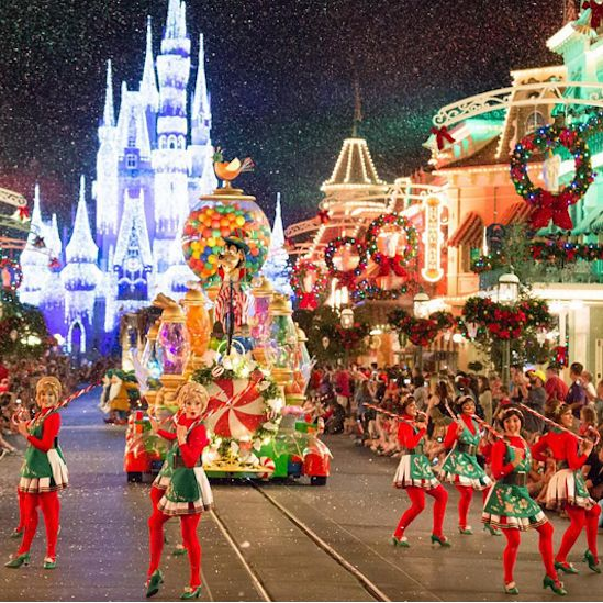 17 Must-Do Things To Celebrate The Holidays At Disney World