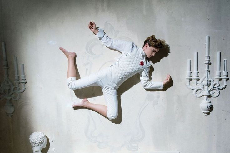Эмма Уотсон в фотосессии бунтующей красавицы
