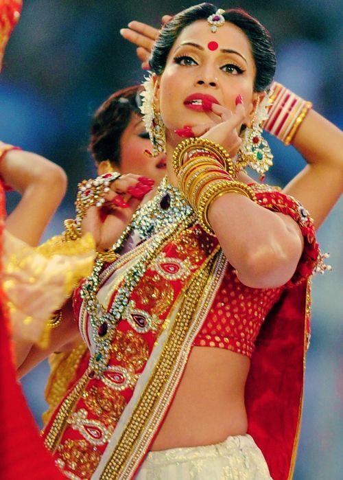 Bipasha Basu looking brilliantly Bengali. Check out one of her Bengali movies Shob Charitro Kalponik on sanona.com