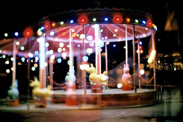 Carousel https://www.flickr.com/photos/wangyiting/12930494774/
