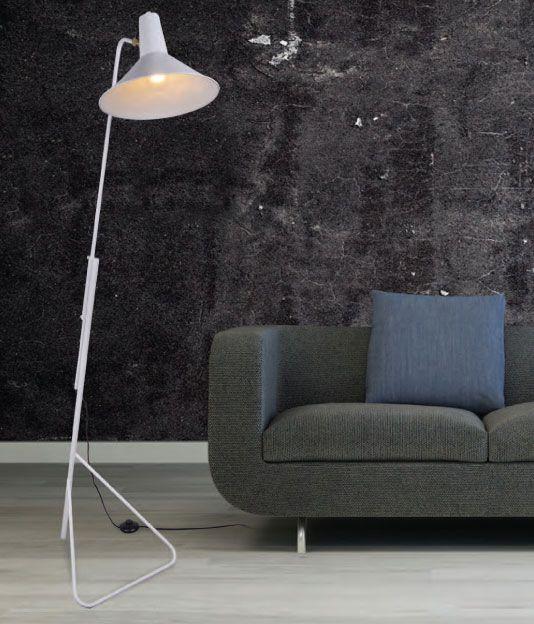 Επιδαπέδιο φωτιστικό, σε industrial στυλ, κατασκευασμένο από μεταλλικό σκελετό σε λευκό χρώμα. Από Zambelis. ------------------------------------- Floor-standing luminaire, in industrial style, made of metal frame in white color. #interiordesign #inspiration #lighting #lightingdesign #light #lightroom #cosy #homedesign #homedecoration #livingroomideas #livingroomdecor #livingroominspiration  #floorlamp