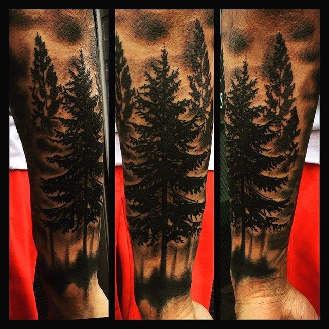 【sen_kawamura】さんのInstagramをピンしています。 《森 trees  #刺青 #tattoo #日本 #japan #japanesestyletattoo #墨突き戦士 #彫師 #sen #senkawamura #閃 #神奈川 #kanagawa #万華鏡 #森 #trees》