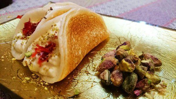 طريقة عمل عجينة القطايف بالحليب لرمضان طريقة Recipe Food Lebanese Desserts Heavy Cream Recipes